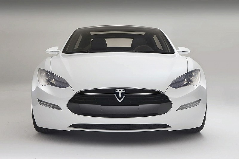 Tesla Motors Reports 1000 Orders for Model S