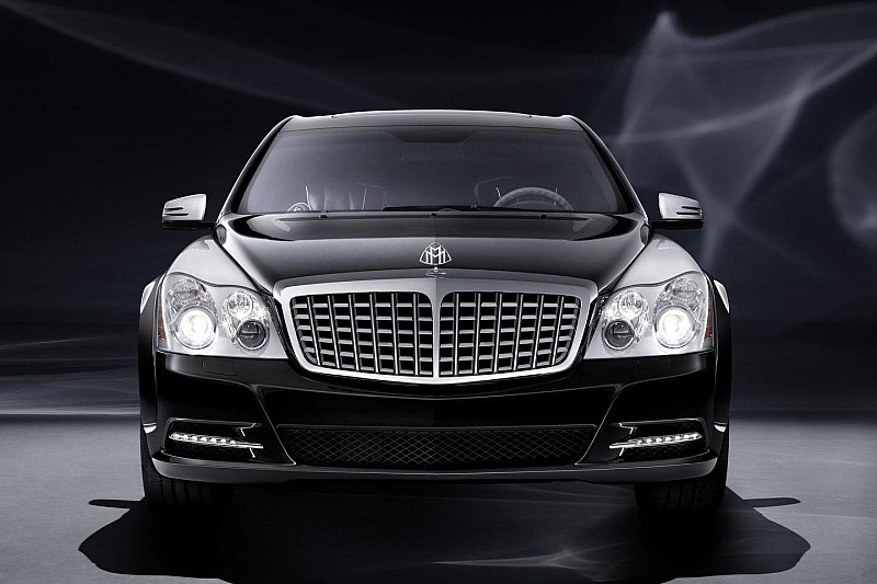 Maybach offering buyers a $100,000 rebate - report