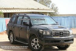 SPY PHOTOS: More New Toyota LandCruiser