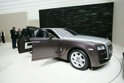 Rolls-Royce Ghost live at IAA Frankfurt 2009