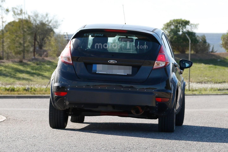 2017 - [Ford] Fiesta MkVII  00