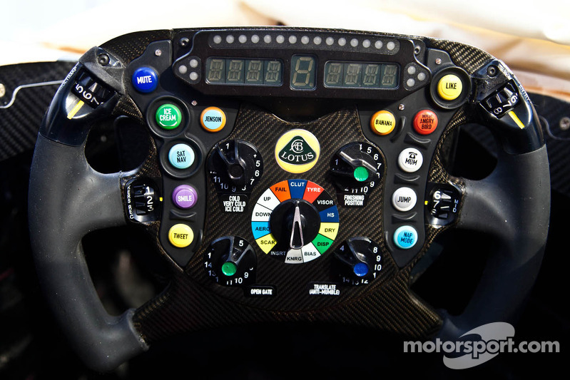 Lotus F1 Team E21 steering wheel